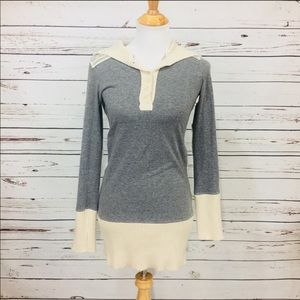 {FREE PEOPLE} Gray Elbow Patch Tunic Top